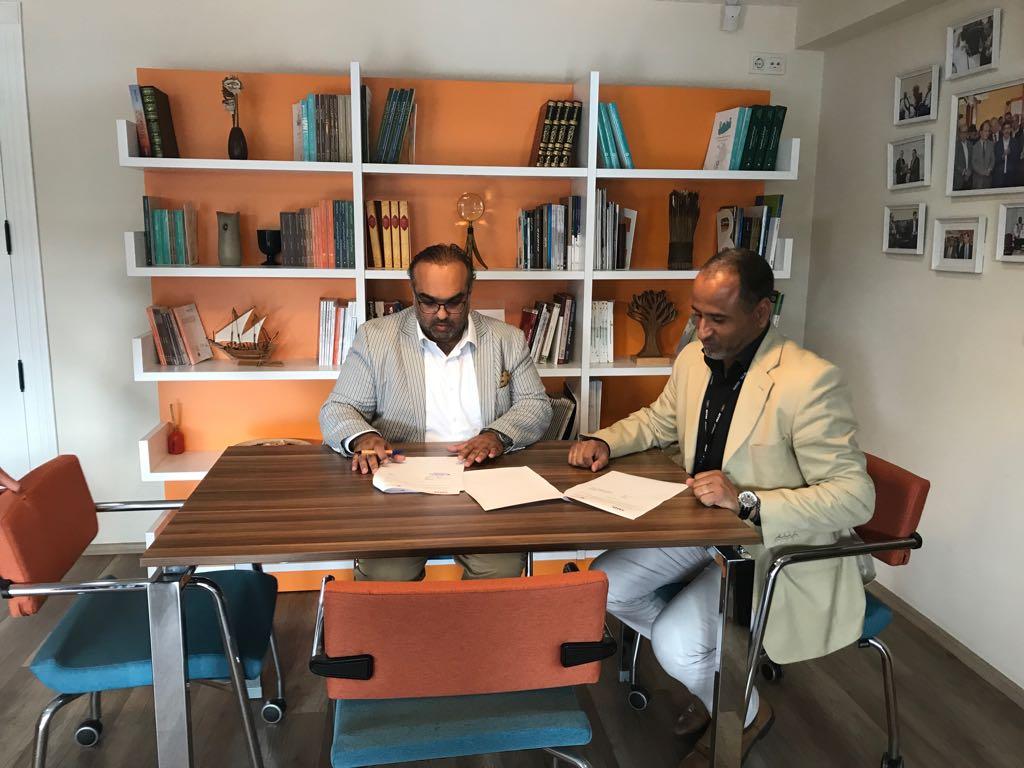 توقيع إتفاقية تعاون بين شركة جلف ترك ميديا وشركة آفاق